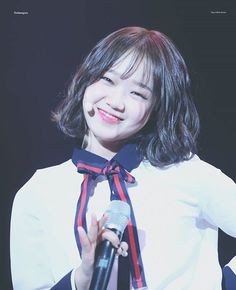In previous post, i didn't mean to do it. But there's a picture on twitter that Fans touch Yoojung a bit... not many. i didn't post it cause the picture not hq. i just like hq picture. if you guys want the pictures, i can't give it to you. Thank you ㅡ [170120-170121] #유정#YOOJUNG @ Time Slip Concert | ©® dodaengzzu