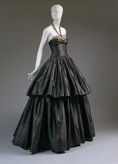 Steel-gray silk taffeta embroidered with metallic sequins and pink beads evening dress, 1939 || Designer Jeanne Lanvin (French, 1867–1946)