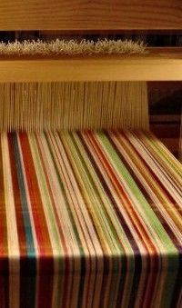 Weefgetouw Delta (Louët) From Japien Waskowsky's site.  Gorgeous striped warp.