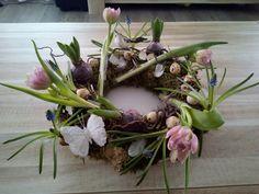Voorjaarskrans met tulpen