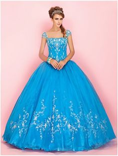 """nothing says """"i'm a fairy queen bridesmaid"""" more than this dress! it reminds me of Glenda the good witch from Wizard of Oz! Best friends prepare for this"""