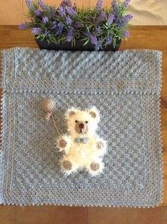 Teddy pram blanket