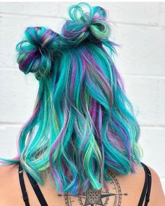 Glorious Pulp Riot Hair Color with Top Knots 2019 Cute Hair Colors, Pretty Hair Color, Beautiful Hair Color, Hair Dye Colors, Hair Color Blue, Rainbow Hair Colors, Galaxy Hair Color, Turquoise Hair Color, Color Streaks