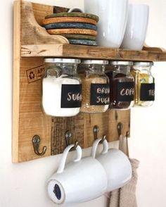 Ideia fofa para o cantinho do café! ☕️☕️☕️ Foto: Pinterest #decor #design #decora #decoro #decoracion #decorando #decoration #coffe #inspiracion #inspiracion #inspiracao #ideia #dica #cantinhodocafe #cantinho #☕️ #boanoite