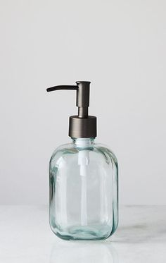 Sometimes we prefer deck mount soap dispenser over countertop soap dispenser for our kitchen. Whatever we choose we do it based on our kitchen decoration. Here is a list of best soap dispenser that fits perfectly in your kitchen. Bathroom Soap Dispenser, Soap Dispensers, Glass Spray Bottle, Glass Bottles, Bathroom Accessories Sets, Kitchen Accessories, Liquid Hand Soap, Soap Pump, Best Soap
