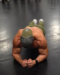 Fitness Workouts, Abs And Cardio Workout, Gym Workouts For Men, Gym Workout Chart, Calisthenics Workout, Gym Workout Videos, Weight Training Workouts, Gym Workout For Beginners, Biceps Workout
