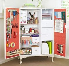 This crafting closet is a room within itself.  Don't believe there's not enough room for your tools.....MAKE A ROOM~~~