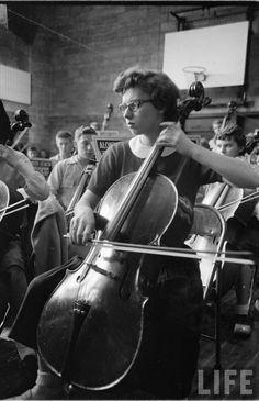 Davenport High School.  Yale Joel, 1953. World Music, Musicals, High School, Retro, Grammar School, High Schools, Retro Illustration, Secondary School, Middle School