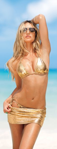 Candice Swanepoel for Victoria's Secret http://celebscentral.net/picture/217110/?gallery=11171