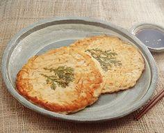 Bindaetteok - Mung Bean Pancake - 빈대떡