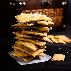 Recipe for Garlic Rosemary and Turmeric Vegan Crackers Made with Olive Oil. Try them they