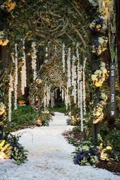 Such a stunning wedding walkway idea, beautifully illuminated by Got Light. See more of their phenomenal work here. | CHECK OUT MORE IDEAS AT WEDDINGPINS.NET | #weddings #weddinginspiration #inspirational