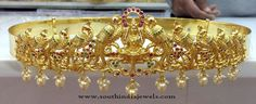 Gold Plated Lakshmi Hip Belt Designs, Gold Plated Bridal Hip Belt Models, One Gram Gold Hip Belts Models. Clean Gold Jewelry, 14k Gold Jewelry, India Jewelry, Fine Jewelry, Gold Waist Belt, Waist Belts, Where To Buy Gold, Vaddanam Designs, Jewelry Stores Near Me