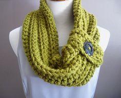 Beautiful+ideas+crochet | Chunky Bulky Button Crochet Cowl--turned out beautiful! | Craft Ideas