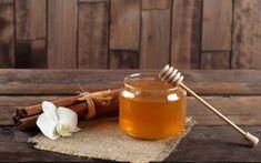 Μέλι.... 10 Μυστικά Απόλυτης Ομορφιάς Και Ευεξίας! Medan, Candle Jars, Candles, Healthy Tips, Incense, Lose Weight, Honey, Beauty, Food