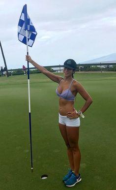 nude-golfer-chick