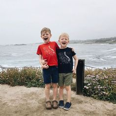 sometimes you just gotta scream I LOVE CALIFORNIA ! The littlest road-trippers captured by @shelbygoodman