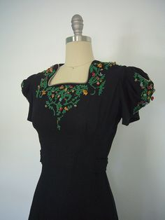 1940s Day Dress / Black Wool / Leather Floral Trim / 40s / Size Small S XS 0 2 4