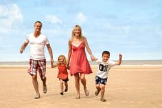 Discount 7nt Pontins Family Break for 4 - Summer Holiday dates! for just £199.00 Enjoy a seven-night Summer Holiday stay for a family of up to four at Pontins!  Choice of Brean, Camber, Prestatyn and Southport parks.   Make yourself at home in a popular apartment with cosy beds, lounge, bathroom and fully-equipped kitchen.   Parks feature heated pools, crazy golf, trampolines and much more! ...
