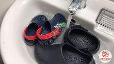 여름신발 크록스 세탁할 때 솔로 문지르지 마세요!