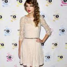 Same dress as the one I pinned earlier. I really want this dress!!!!