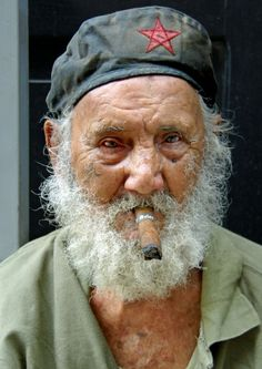 CubaElNaple 1926, old guy, cigar, beard, hat, star, wrinckles, lines of life, powerful face, intense, strong, emotional, portrait