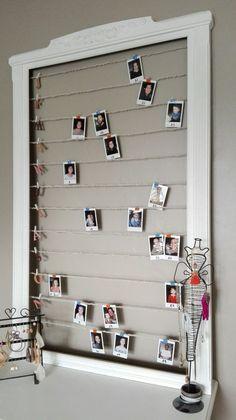 Cadre en bois peint + polaroid = tableau d'anniversaires DIY