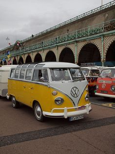 There is just something about T-series VW buses that are just undeniably awesome. Even if I'm to tall to be able to really use one, I hope someday to experience the pleasure of driving one of these happy vehicles around.