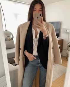 "JULIA LUNDIN pe Instagram: ""Five classical pieces in one outfit. Use this look as a template to create your own version as you probably already have similar pieces in…"" Cream Coat, Minimal Fashion, Minimal Style, Autumn Winter Fashion, Style Me, Duster Coat, Style Inspiration, Blazer, Jackets"