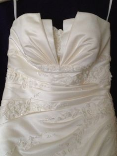New dress for sale!  San Patrick mod. Estampa for just £500! Save 58%!  http://www.weddalia.com/uk/shop-sell-my-wedding-dress/san-patrick-mod-estampa-2/ #WeddingDresses via www.weddalia.com/uk
