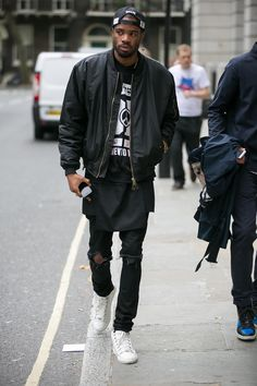 Black Bomber + Black Extended Tee + White Sneakers | Street Style London
