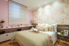Resultado de imagem para quarto casal com detalhes rosa