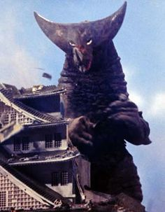 Kaiju 怪獣 Gomora (ゴモラ ) that first appeared in Ultraman Episode 26 The Prince of Monsters: Part aired on 8 January Hero Tv, Japanese Monster, Showa Era, Fantasy Movies, Science Fiction Art, Kamen Rider, Vintage Movies, Power Rangers, Godzilla