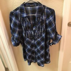 Maurice's Button Down Top Size 0 (14-16) Maurice's plus size 0 blue and black plaid button down top. Fits size 14-16. Maurices Tops Button Down Shirts