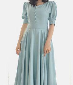 Винтажное длинное платье с короткими рукавами / Vintage long dress with short sleeves