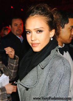 #JessicaAlba Dons A #BlackCashmereScarf For Fashion Show