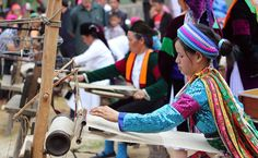 Weaving tradition of the H'mong people in Dong Van