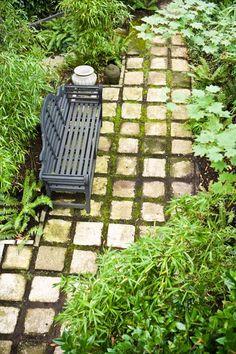 Garden terrace . . .square paving stones . . .
