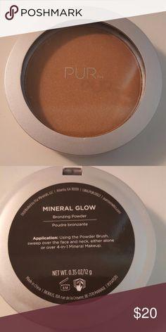 Mineral Glow Bronzing Powder by pür #21