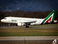 I Travel the world and the seven seas, Everybody's looking for something #Alitalia #travel #holiday #airplane #airport #destination
