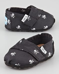 TOMS - Tiny Skull-Print Slip-On Shoes, Black