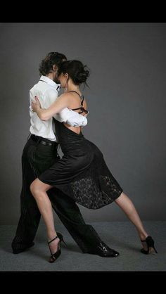 Ideas Salsa Dancing Poses Argentine Tango For 2019 Ballroom Dancing, Ballroom Dress, Shall We Dance, Just Dance, Danse Salsa, Tango Art, Baile Latino, Tango Dancers, Tango Dress