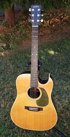 I had one just like this one in the early 80's - Sigma DR-28C 1980 Florentine Cutaway, these were done by Martin in those days, do not even remember what i've done with it, probably changed it for another guitar.
