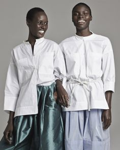 holding-tome-white-shirt-project_164155678514.jpg (704×883)