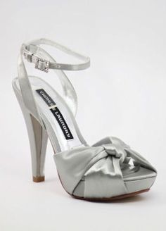very nice not the over flashy silver and doesn't look like it would kill my feet maybe like 4hr shoes which is perfect for any formal occasion i can see myself wearing some jeans with these and a cute shirt maybe for a date ;)