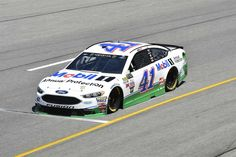 Starting lineup for 2017 spring Richmond race  Friday, April 28, 2017  Kurt Busch will start ninth in the No. 41 Stewart-Haas Racing Ford  Crew chief: Tony Gibson  Spotter: Tony Raines  Photo: 9 / 38