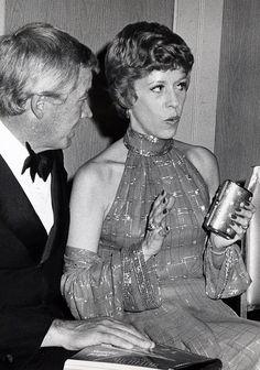 Carol Carol Burnett, Julie Andrews, Hulk, Comedians, Love Her, Cool Pictures, It Cast, Celebs, Classic Hollywood