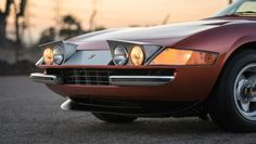 1971 Ferrari 365 Daytona Harrah Hot Rod Meet William Harrah William Harrah was a casino magnate and car collector with a larger than life personality and a keen eye for a good wager. One of his more well-known bets was made with an ambit… New Ferrari, Ferrari Laferrari, Classic Motors, Classic Cars, Collector Cars For Sale, Fast Cars, Hot Rods, Cool Cars, Super Cars