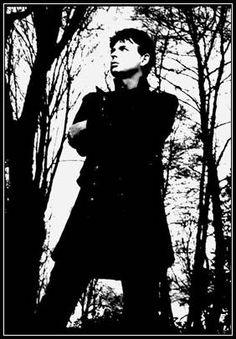 Gary Numan, album cover of Jagged.