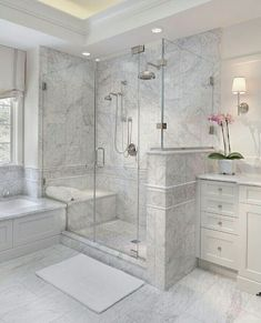 Enchanting luxurious master bathroom home decorating tips for baths and small bathroom. Mansion master bathroom to inspire your dream cutting-edge, romantic, and elegant decor for the dream spa luxury bathroom. Zen master bathroom with a jacuzzi and steam House Bathroom, Bathroom Inspiration, Home Interior Design, Bathroom Remodel Shower, Bathrooms Remodel, Bathroom Interior Design, Bathroom Decor, Bathroom Remodel Designs, Bathroom Remodel Master